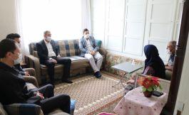 Şaphane Kaymakamı Şehit ailelerine ziyaret etti