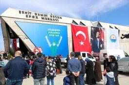 Şehidin adı Ankara'da Spor Merkezine verildi