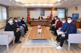 Şehit Aileleri Adana Valisini ziyaret etti