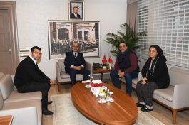 Şehit Ailelerinden Adana Valisine ziyaret