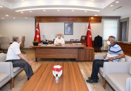 Şehit Ailelerinden Adana Valisine Makamında Ziyaret