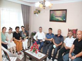Şehit Ailelerine Gönen'de ziyaret
