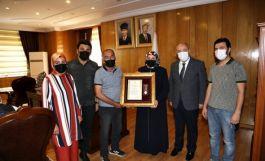 Şehit Ailelerine ve Gaziye övünç madalyası verildi