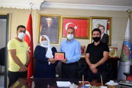 Şehit ailesinden Belediye Başkanına ziyaret