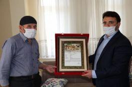 Şehit ailesine şehadet belgesi verildi