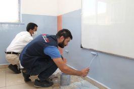 Şehit anısı için Van'daki Okulu onardılar