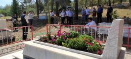 Şehit Asker 4.yılında mezarı başında anıldı