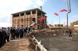 Şehit askerin vasiyeti olan cami inşaatı devam ediyor