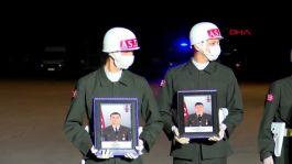 Şehit Askerler gece töreni sonrası memleketlerine gönderildi