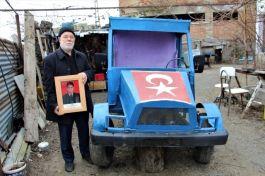 Şehit Babası hurdalardan mini kamyonet yaptı