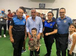 Şehit Polis oğluna Adana Demirspor Beşiktaş maçını izlettiler