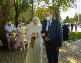 Şehit kızını nikah masasına Emniyet Müdürü götürdü