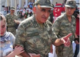 Şehit Komutanın Şehit Cenazesinde hainlere söyledikleri(video)