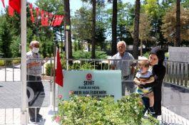 Şehit Ömer Halisdemir'in mezarına ziyaretçi akını