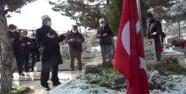 Şehit Özel harekat polisi kabri başında anıldı
