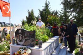 Şehit polis Şehadetinin 5. yılında kabri başında anıldı