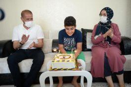 Şehit polisin oğluna doğum günü sürprizi(Video)
