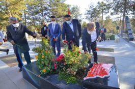 Şehit Şenay Aybüke Yalçın mezarı başında anıldı