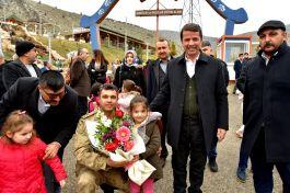 Şehit ve Gazi çocukları mutlu bir gün geçirdi
