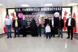 Şehit yakınlarından Belediye başkanına teşekkür ziyareti
