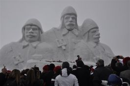 Şehitler Anısına Yaptırılan Kardan Şehit Heykellerinin Açılışı yapıldı