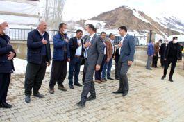 Şemdinli Belediyesinden Şehit ailelerine ziyaret