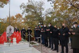 Seyit Onbaşı vefatının 81'inci yılında mezarı başında anıldı