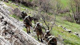 Siirt'te operasyonda, 2 terörist, silahlarıyla birlikte öldürüldü