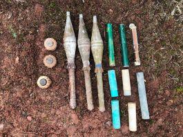 Siirt'te teröristlere ait patlayıcı ve roketatar ele geçirildi