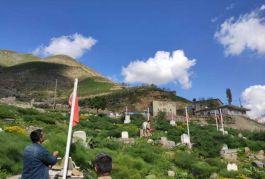 Şırnak ta Şehit mezarlarındaki Türk Bayrakları yenilendi