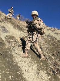 Sivas'ta Askerimiz dağda terörist izi peşinde