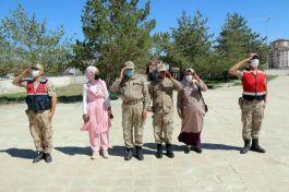 Sivas'ta engelliler askerlik heyecanı yaşadı
