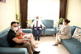 Sivil Şehitlerin ailelerine Vali'den ziyaret