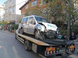 Şüpheli kovalayan polis kaza yaptı 1 polis yaralandı