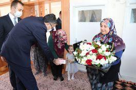 Suriye Afrin Şehidinin Ailesine Vali'den ziyaret