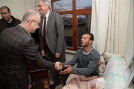 Suriye idlip Gazisi Bozüyük'teki Baba evine döndü