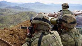 Suriye'de 20 pkk/ypg li terörist gözaltına alındı