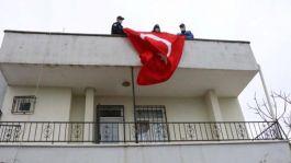 Suriye'de görevli uzman çavuşun isteğini polisler yerine getirdi