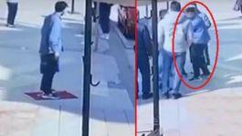 Suriyeli Bayrağımızı yere serdi ayakkabısını sildi(Video)Tutuklansın