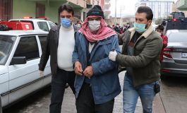 Suriyeliler Polislere saldırdı 2 Polis bıçaklanarak yaralandı(Video)