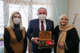 Tbmm Başkanı Şehit ailesini ziyaret etti