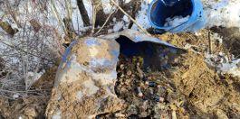 Teröristlerce toprağa gömülmüş 450 pil bulundu