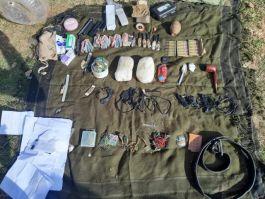 Teröristlere ait patlayıcı ve Eyp düzeneği ele geçirildi