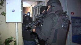 Teröristlere eleman temin eden şebeke çökertildi