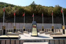 Tokat Valisi yeni yapılan Şehitler Anıtını Ziyaret etti