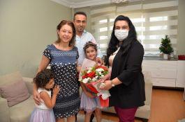 Vali eşi, Şehit aileleri ve Gazileri evinde ziyaret etti