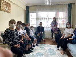 Vali göreve başlar başlamaz ilk önce Şehit ailelerini ziyaret etti