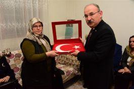 Vali'den Tosya'daki Şehit Ailesine Ziyaret