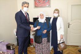 Yozgat'ta Şehit Annesinden Kampanyaya bağış